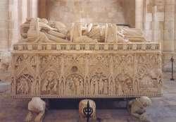 Alcobaça, Santa Maria, Sarcófago do rei D. Pedro, 1360-1367