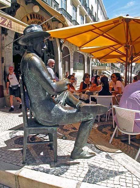 Fernando Pessoa - Estatua