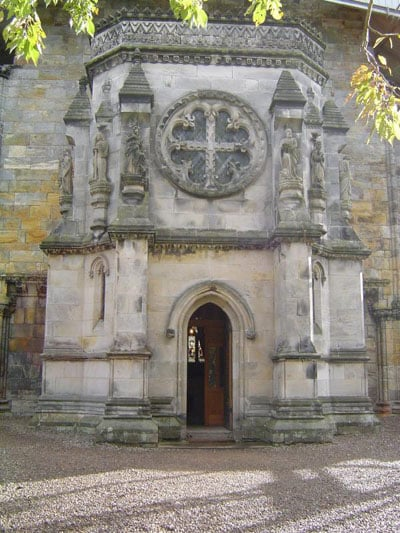 rosslyn_chapel_entry
